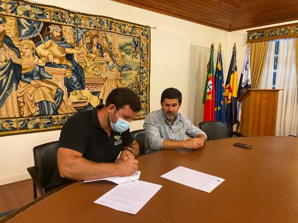 Ponta do Sol celebra protocolo com a Associação de Apicultores