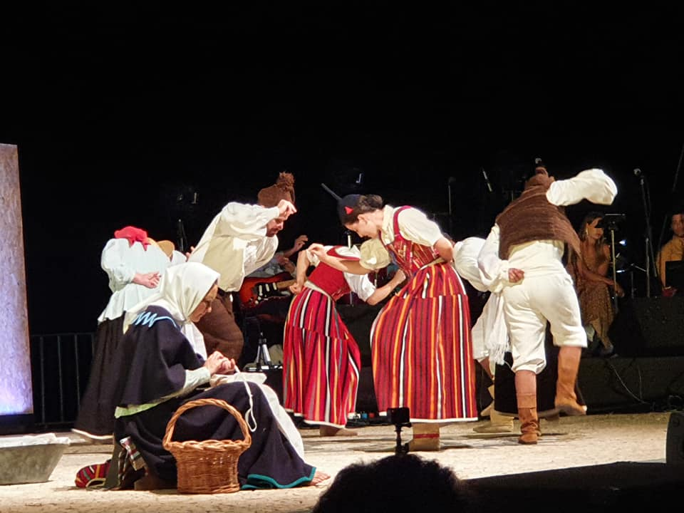 Raízes | Grupo de Folclore da Ponta do Sol
